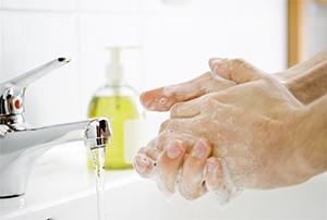 Lavarsi bene le mani in caso di gastroenterite